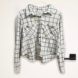 KENDALL AND KYLIE ✨ plaid button-up top